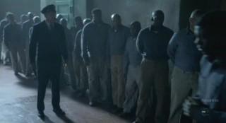 Alcatraz S1x08 - E B Tillers gaurds on duty