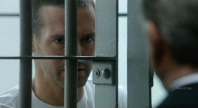 Alcatraz S1x08 - Sylvane tells Hauser I do not dream