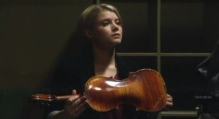 Alcatraz S1x11 - Rebecca with Webb Porters violin