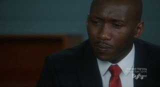 Alphas S2x02 - Rosen discusses the suspicious train wreck with Agent Clay