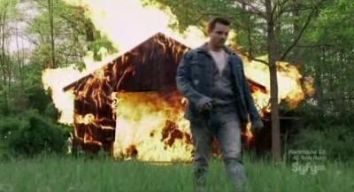 Alphas S2x06 - Scipio the fire starter ignites the barn