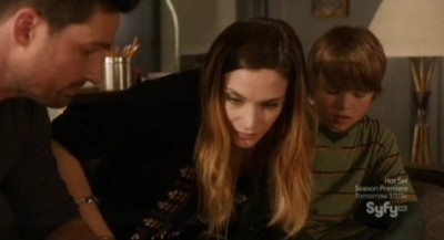 Alphas S2x08 - Dani uses her Alphas power to create a bond between Cameron and Tyler