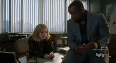 Alphas S2x08 - Kat and Bill develop a professional relationship