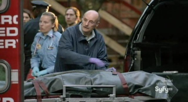 Being Human S3x02 - Trent is placed in a body bag on a gurney