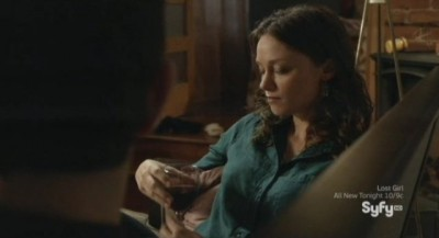 Being Human S3x10 - Kat and Aidan get intimate over wine at her house