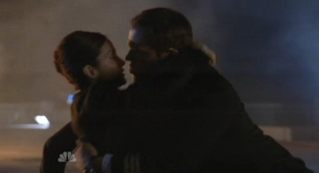 Chuck S5x03 - Gertrude and Casey finally kiss