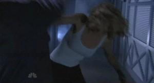 Chuck S5x07 - Sarah jumps Shaw