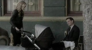Chuck S5x08 - Sarah brings baby carriage to Ryker