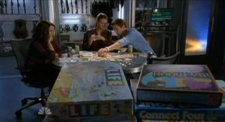 Chuck S5x08 - The Game of Life at Castle