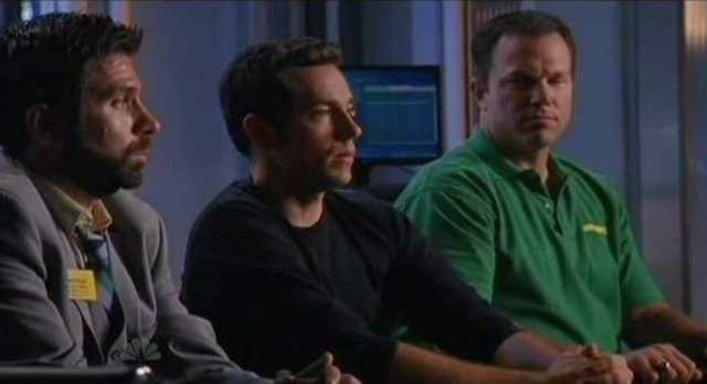 Chuck S5x08 - The team gets ready for Budapest
