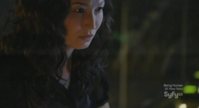 Continuum S1x02 - Betty is thwarted by Alec who plants a deep cover identity for Kiera