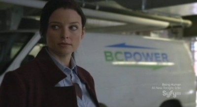 Continuum S1x02 - Kiera notices she has been observed by officers