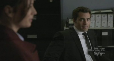 Continuum S1x02 - Victor Webster as Carlos prepares to head to the police memorial