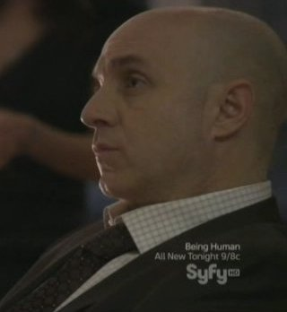 Continuum S1x03 - Inspector Dillon conducts a brieifing on Liber8
