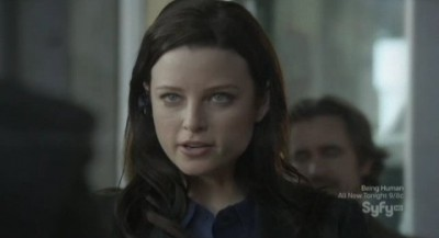 Continuum S1x03 - Kiera demands to know what Kellog wants with her