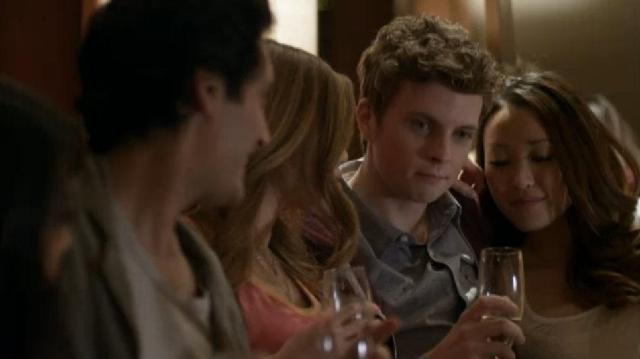Continuum S2x02 - Kellogg and Alec party