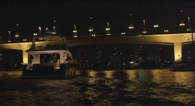 Continuum S1x10 - Kiera and Kellog leave Vancouver harbor on his yacht