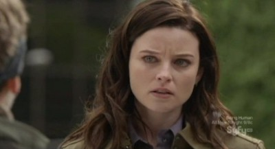 Continuum S1x10 - Kiera believes Jason is telling the truth