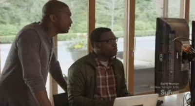 Continuum S1x10 - Lucas shows Travis he has blocked cell phone service in the Vancouver area