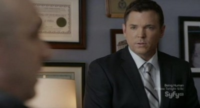 Continuum S1x10 - Nicholas Lea as Agent Gardiner discusses the missing explosives