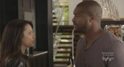 Continuum S1x10 - Sonya and Travis argue in the living room as Alec escapes