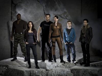Continuum Season 1 - Cast banner - Image courtesy of Syfy