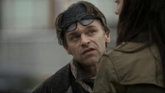 Continuum S2x03 - The future is slipping away