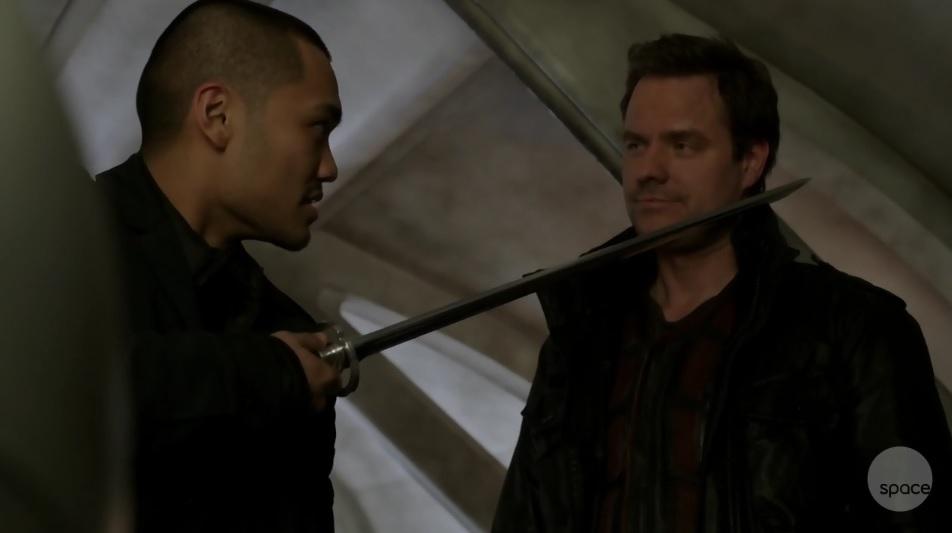 Dark Matter S01x02 Fours blade