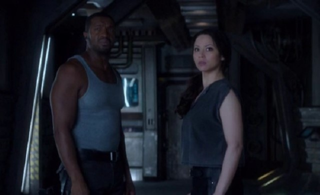 Dark Matter S1x03 Six and Two wonder how Five got on board The Raza