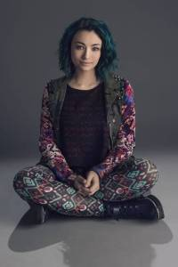 Click to follow Jodelle Ferland as Five aka Das on Twitter!