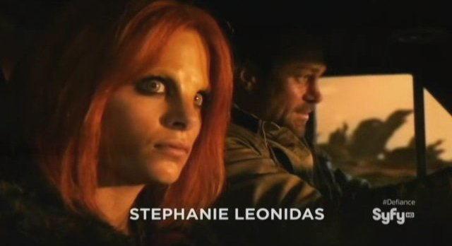 Defiance S1x01 - Irisa and Joshua Nolan in a Roller
