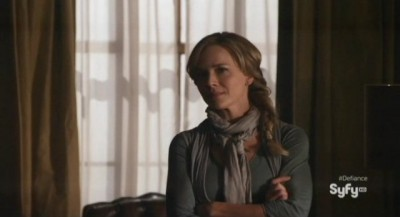 Defiance S1x01 - Mayor Rosewater Gazes at Nolan as he leaves her office
