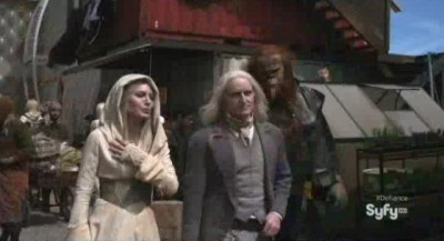 Defiance S1x01 - Stahma and Datak Tarr with a Sensoth body guard