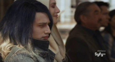 Defiance S1x01 - Young Alak Tarr, mother Stahma and Rafe McCawley