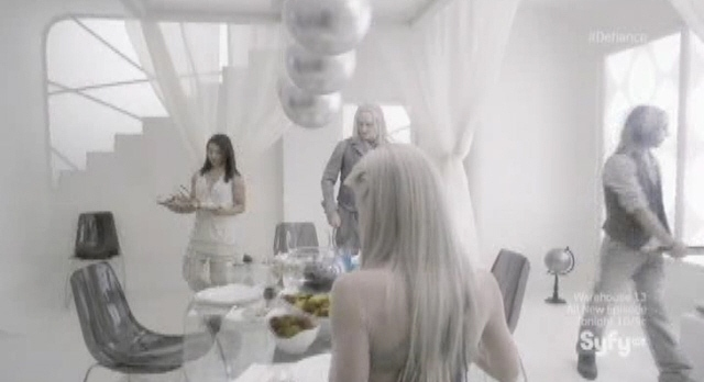 Defiance S1x03 - Dinner is served