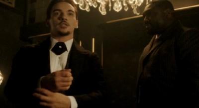 Dracula S1x1-Grayson the American
