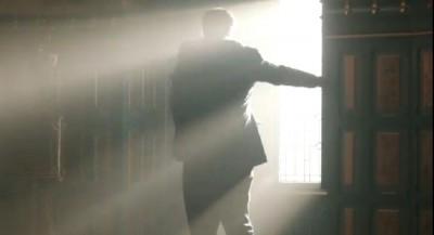 Dracula S1x1-sunlight