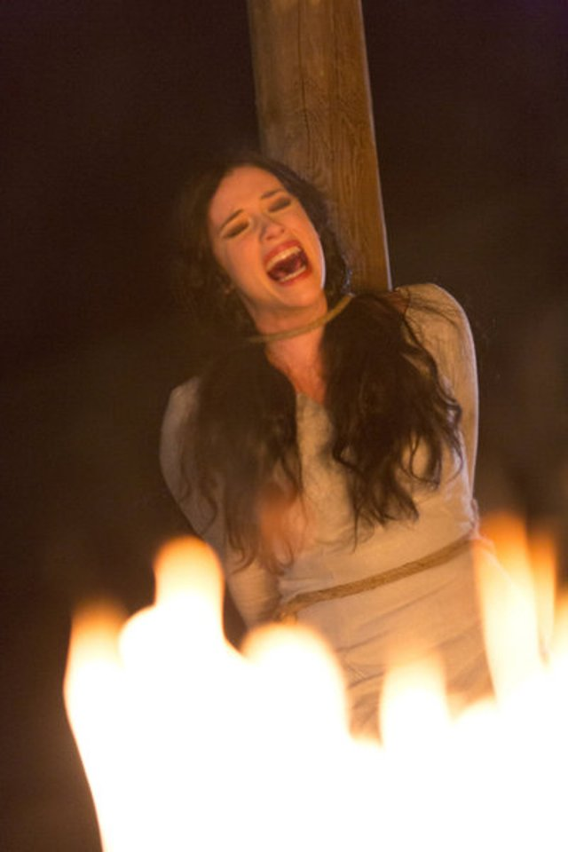 Dracula S1x01 - Burned at the stake  Pictured: Jessica De Gouw as Mina Murray -- (Photo by: Jonathon Hession/NBC)