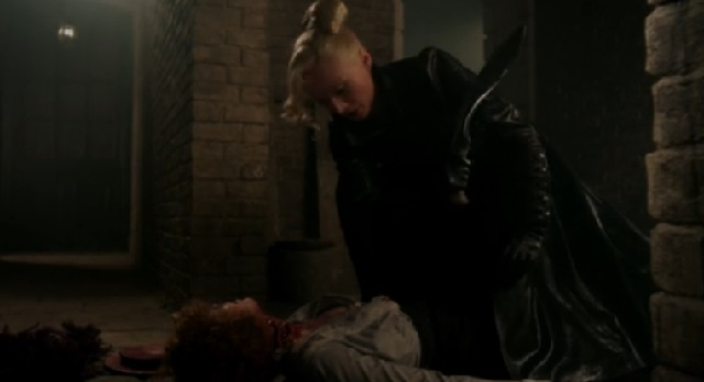 Dracula-S1x2-Off with her head