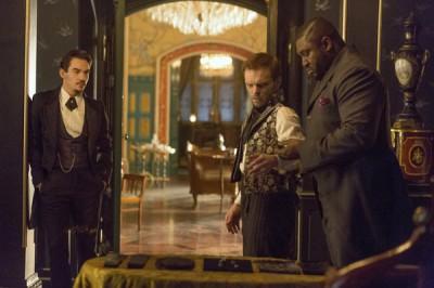 Dracula S1x04 - Jonathan Rhys Meyers as Alexander Grayson, Alec Newman as Josef Cervenka, Nonso Anozie as R.M. Renfield