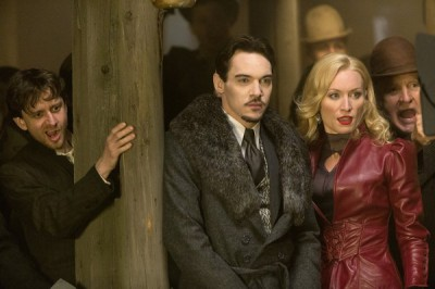 Dracula S1x04 - The dance between Jonathan Rhys Meyers as Alexander Grayson, Victoria Smurfit as Lady Jayne Wetherby always fun to watch