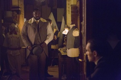 Dracula S1x05 - Nonso Anozie as R.M. Renfield, Jonathan Rhys Meyers as Alexander Grayson