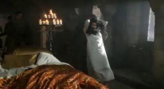 Dracula-S1x08-Ilona taken