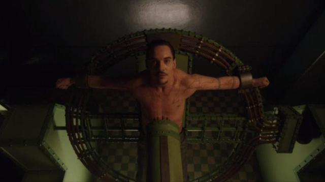 DraculaS01X07 Grayson receives another treatment