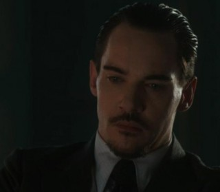 DraculaS01X07 Grayson struggles with need to feed