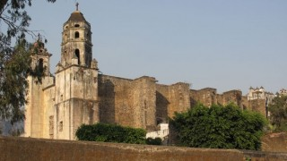 Destination Truth S3 - Exotic Churches