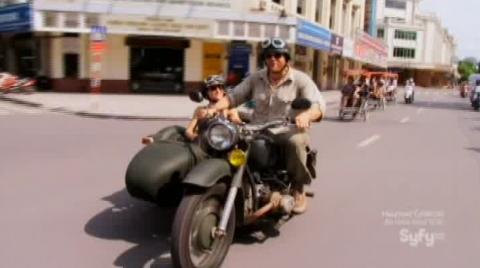 Destination Truth S5x1 Motorcyle versus Rickshaws. Motorcycle wins.