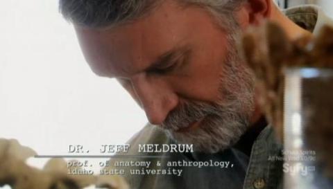 Destination Truth S5x02 Dr. Jeff Meldrum reviews photos