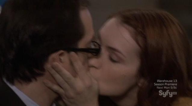 Eureka S6x01 The Kiss