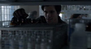 Falling Skies S2x05 Hal looking for medical supplies